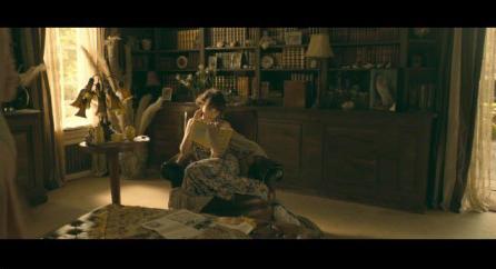 20部电影里的经典读书镜头_中英双语在线阅读_爱洋葱